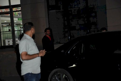 Anil Kapoor at Kokilaben Ambani Hospital to meet Shabana Azmi. /Pic by News Helpline