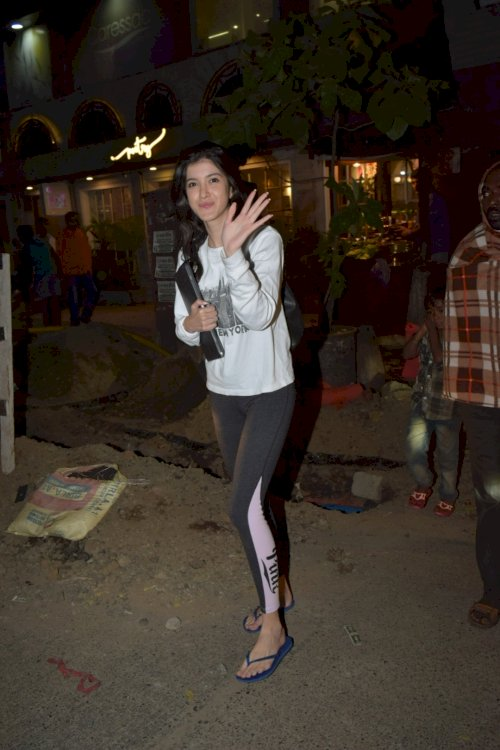 Shanaya Kapoor spotted in Juhu./Pic by News Helpline
