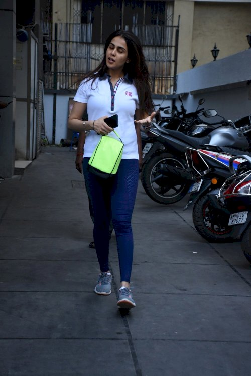 Genelia Dsouza spotted at gym in Bandra./Pic by News Helpline