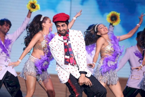 65th Amazon Filmfare Awards 2020 - Ayushmann Khurrana pays a tribute to Showmen of Bollywood.