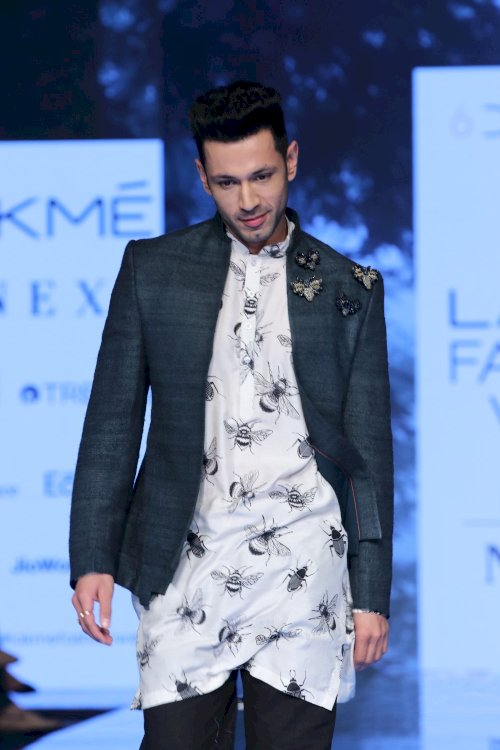 Divya Khosla Kumar, Dheeraj Dhoopar, Sahil Anand & Rhea Chakraborty on ramp in Lakme Fashion Week. /Pics by News Helpline Lfw Sr 2020