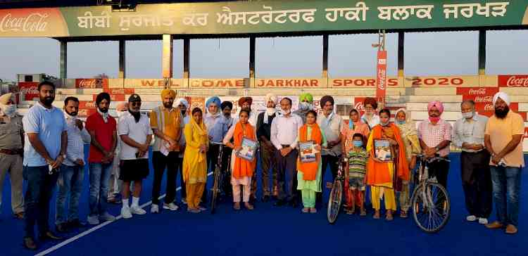On occasion of World Olympic Day, DC Ludhiana urges youth to get connected with sports